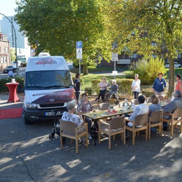 """Der Tourbus """"Lass mal zusammenHALT machen"""" in Hamm"""